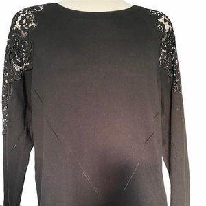 41 Hawthorn Lace Shoulder Knit